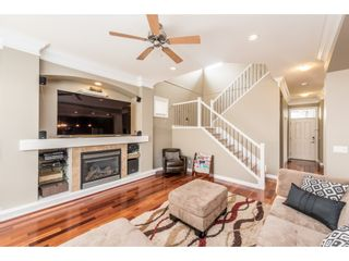 Photo 4: 19617 68 Avenue in Langley: Willoughby Heights House for sale : MLS®# R2203207