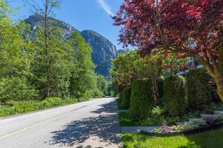 """Photo 34: 4 10000 VALLEY Drive in Squamish: Valleycliffe Townhouse for sale in """"VALLEYVIEW PLACE"""" : MLS®# R2590595"""