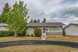 Photo 1: 3438 Centennial Drive in Saskatoon: Pacific Heights Residential for sale : MLS®# SK775907