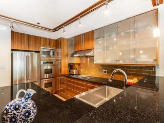 """Photo 13: 203 668 W 16TH Avenue in Vancouver: Cambie Condo for sale in """"The Mansions"""" (Vancouver West)  : MLS®# R2606926"""