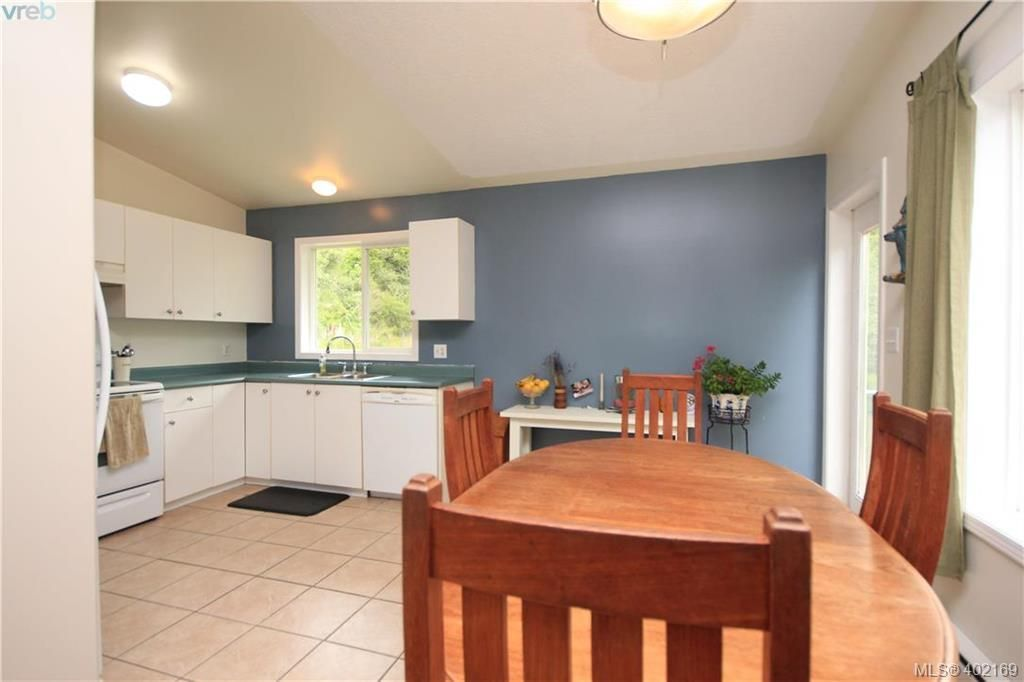 Photo 8: Photos: A 10113 West Coast Rd in SHIRLEY: Sk French Beach House for sale (Sooke)  : MLS®# 802526