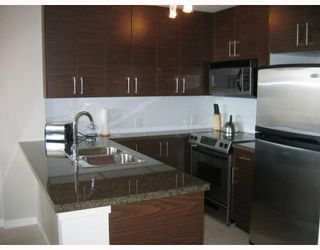 """Photo 2: 2502 2355 MADISON Avenue in Burnaby: Brentwood Park Condo for sale in """"OMA"""" (Burnaby North)  : MLS®# V786669"""