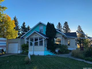 Photo 4: 200 Orton Street in Cut Knife: Residential for sale : MLS®# SK872267