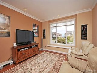 Photo 12: 2523 Fielding Pl in VICTORIA: CS Tanner House for sale (Central Saanich)  : MLS®# 613800