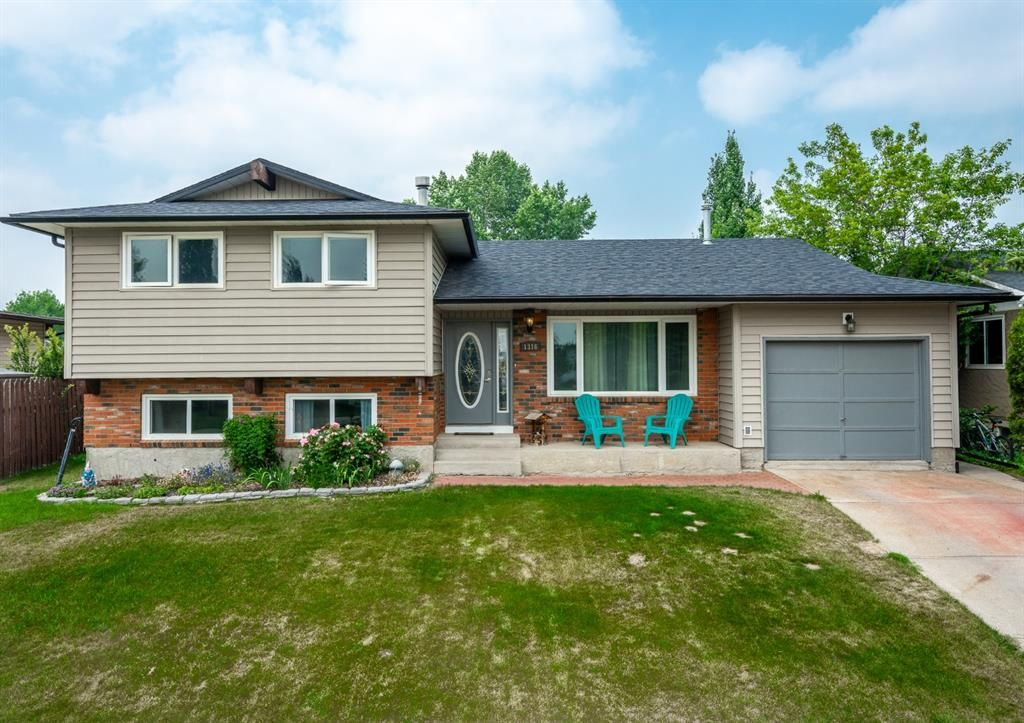 Main Photo: 1316 Idaho Street: Carstairs Detached for sale : MLS®# A1130931