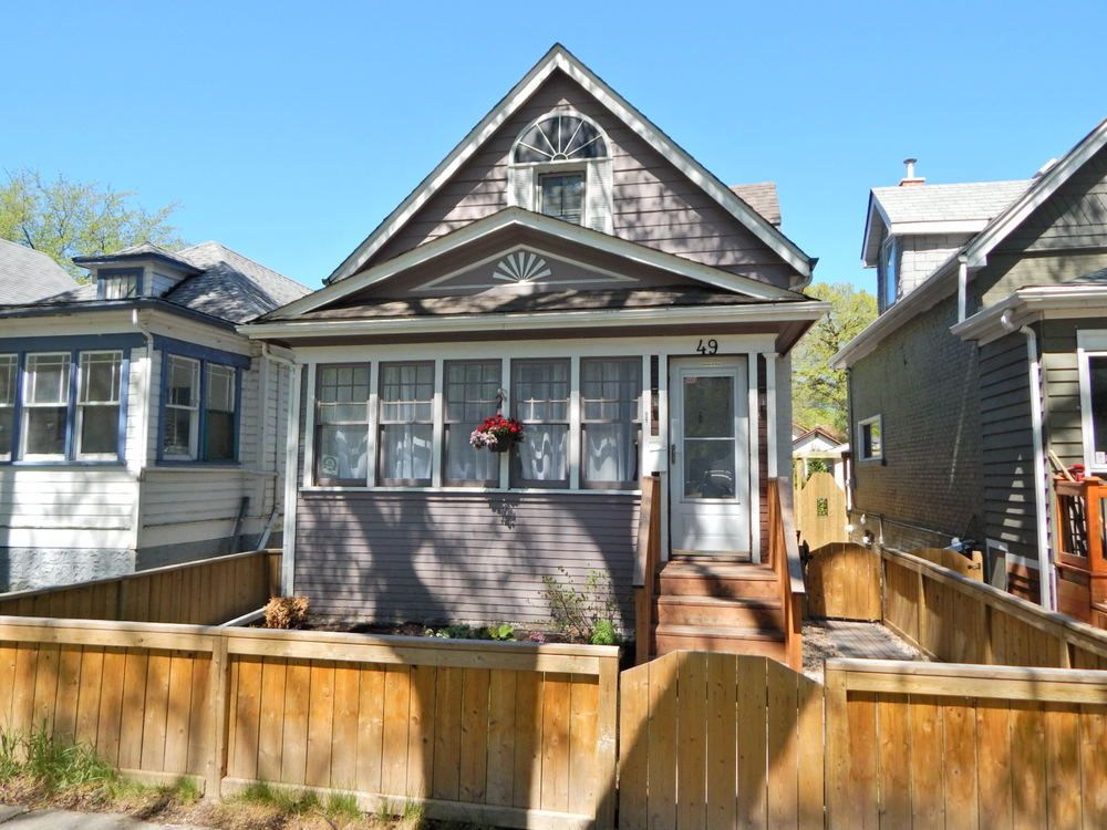 Main Photo: 49 Polson Avenue in Winnipeg: House for sale : MLS®# 1813179