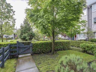 Photo 3: # 110 - 2418 Avon  Place in Port Coquitlam: Riverwood Townhouse for sale : MLS®# R2166312