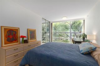 """Photo 13: 402 1050 BURRARD Street in Vancouver: Downtown VW Condo for sale in """"WALL CENTRE"""" (Vancouver West)  : MLS®# R2362675"""