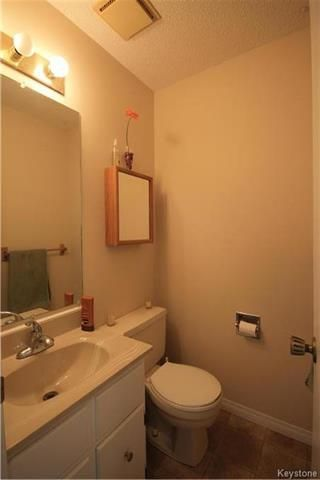 Photo 11: 134 Charing Cross Crescent in Winnipeg: River Park South Residential for sale (2F)  : MLS®# 1806746