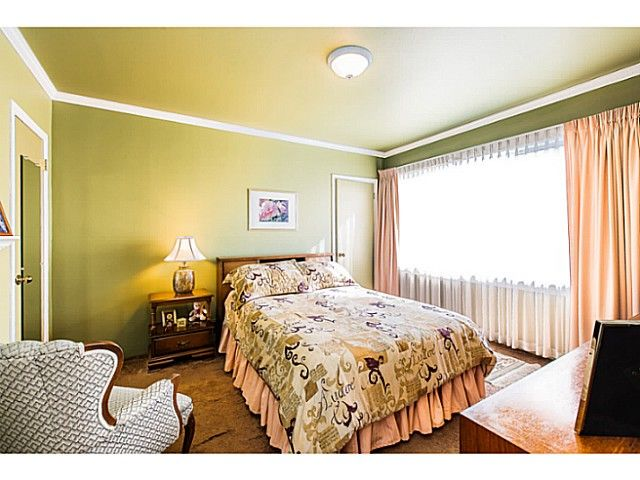 """Photo 6: Photos: 1063 SEVENTH Avenue in New Westminster: Moody Park House for sale in """"MOODY PARK"""" : MLS®# V1090839"""
