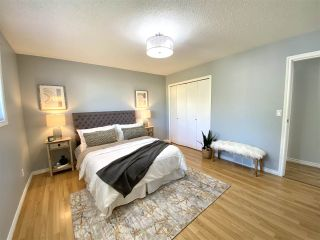 """Photo 18: 6172 DUNDEE Place in Chilliwack: Sardis West Vedder Rd House for sale in """"Dundee Place"""" (Sardis)  : MLS®# R2464587"""