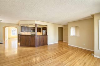 Photo 5: 7 Laneham Place SW in Calgary: North Glenmore Park Detached for sale : MLS®# A1097767