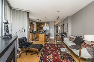 """Photo 8: 401 1228 W HASTINGS Street in Vancouver: Coal Harbour Condo for sale in """"PALLADIO"""" (Vancouver West)  : MLS®# R2258728"""