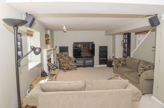 """Photo 15: 15 PARKGLEN Place in Port Moody: Heritage Mountain House for sale in """"HERITAGE MOUNTAIN"""" : MLS®# R2207752"""