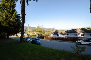 Photo 27: 1941 CHARLES Street in Port Moody: College Park PM 1/2 Duplex for sale : MLS®# R2568079