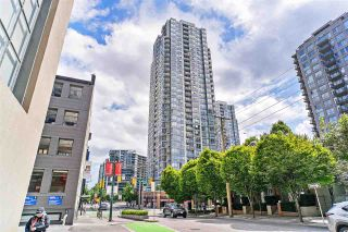 """Main Photo: 1510 928 BEATTY Street in Vancouver: Yaletown Condo for sale in """"THE MAX"""" (Vancouver West)  : MLS®# R2539449"""