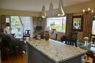 """Photo 3: 406 2409 W 43RD Avenue in Vancouver: Kerrisdale Condo for sale in """"BALSAM COURT"""" (Vancouver West)  : MLS®# R2306176"""