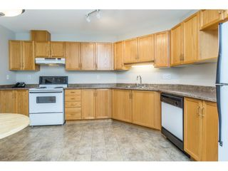 """Photo 6: 404 2335 WHYTE Avenue in Port Coquitlam: Central Pt Coquitlam Condo for sale in """"CHANELLOR'S COURT"""" : MLS®# R2141689"""