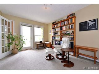 Photo 12: 24 127 Aldersmith Pl in VICTORIA: VR Glentana Row/Townhouse for sale (View Royal)  : MLS®# 738136