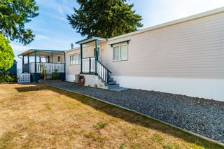 """Photo 3: 4 6338 VEDDER Road in Chilliwack: Sardis East Vedder Rd Manufactured Home for sale in """"MAPLE MEADOWS"""" (Sardis)  : MLS®# R2608417"""