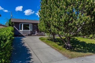 Photo 2: 4620 29 Avenue SW in Calgary: Glenbrook House for sale : MLS®# C4111660