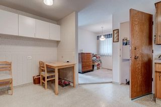 Photo 13: 5911 LOCKINVAR RD SW in Calgary: Lakeview House for sale : MLS®# C4293873