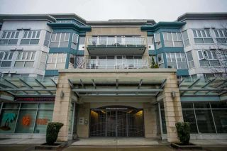 """Photo 1: 407 122 E 3RD Street in North Vancouver: Lower Lonsdale Condo for sale in """"SAUSALITO"""" : MLS®# R2034423"""