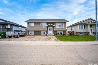 Photo 2: 31 6th Avenue in Langham: Residential for sale : MLS®# SK859370