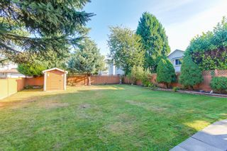 Photo 3: 2985 Shiloh Place in Coquitlam: Home for sale : MLS®# R2208991