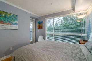 """Photo 10: 303 1617 GRANT Street in Vancouver: Grandview VE Condo for sale in """"Evergreen Place"""" (Vancouver East)  : MLS®# R2232192"""