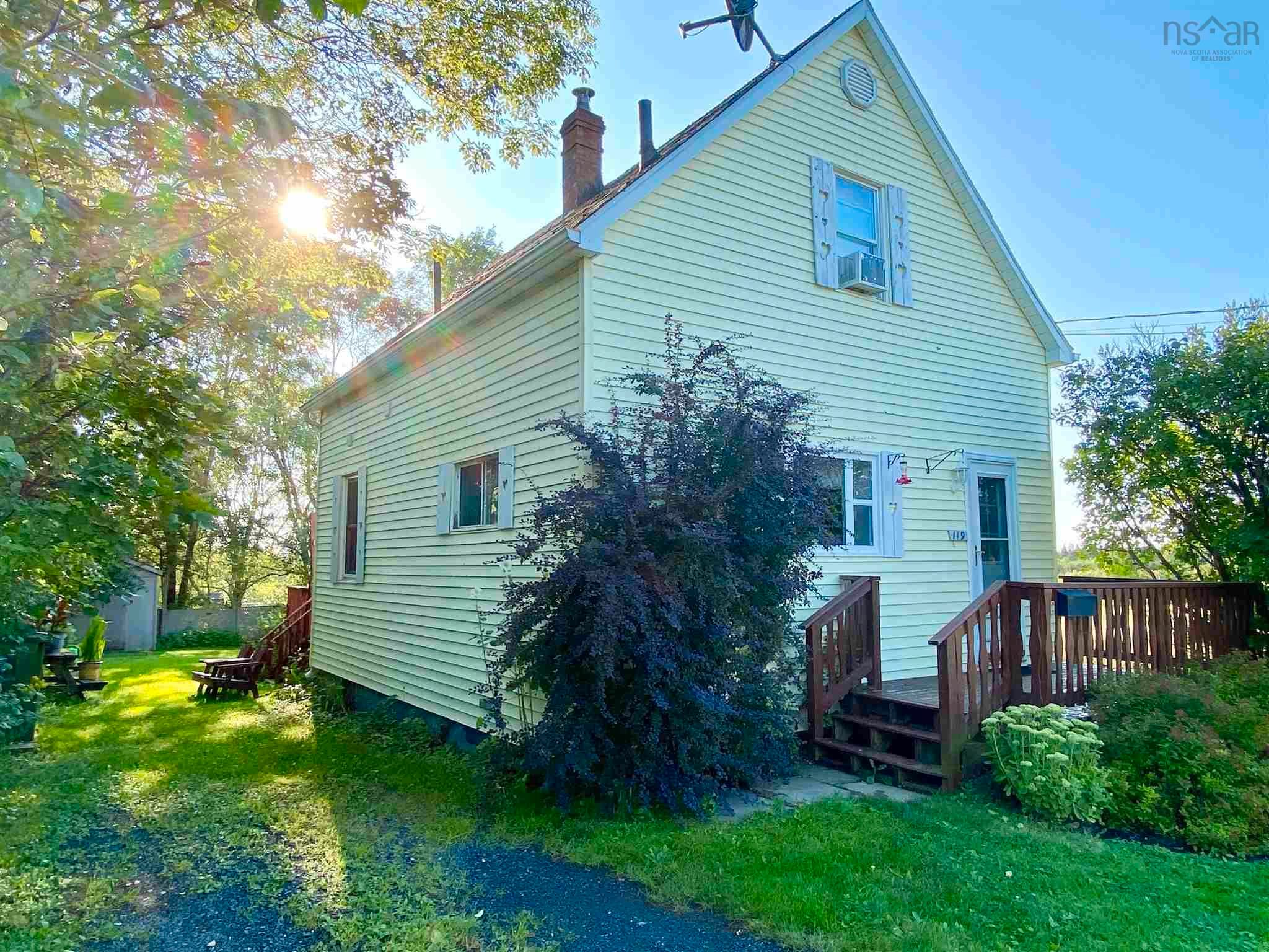 Main Photo: 119 Elliott Street in Pictou: 107-Trenton,Westville,Pictou Residential for sale (Northern Region)  : MLS®# 202121591