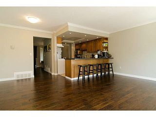 """Photo 7: 205 1180 FALCON Drive in Coquitlam: Eagle Ridge CQ Townhouse for sale in """"FALCON HEIGHTS"""" : MLS®# V1086366"""