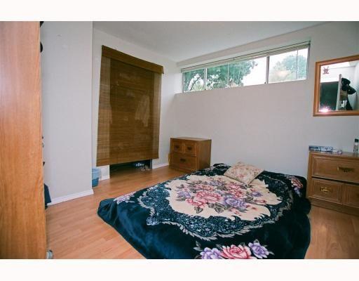 "Photo 10: Photos: 3695 NANAIMO Street in Vancouver: Grandview VE House for sale in ""GRANDVIEW"" (Vancouver East)  : MLS®# V790977"