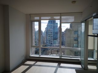 Photo 3: 2007 1283 HOWE Street in Vancouver: Downtown VW Condo for sale (Vancouver West)  : MLS®# R2617255