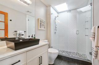 Photo 22: 948 KENT Street: White Rock House for sale (South Surrey White Rock)  : MLS®# R2615798