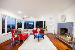 Photo 10: 250 W Rockland Road in North Vancouver: Upper Lonsdale House for sale : MLS®# r2388323