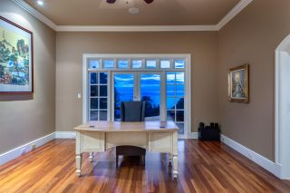 """Photo 25: 13778 MARINE Drive: White Rock House for sale in """"WHITE ROCK"""" (South Surrey White Rock)  : MLS®# R2568482"""