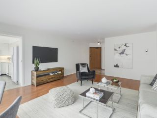 """Photo 2: 504 2108 W 38TH Avenue in Vancouver: Kerrisdale Condo for sale in """"The Wilshire"""" (Vancouver West)  : MLS®# R2400833"""