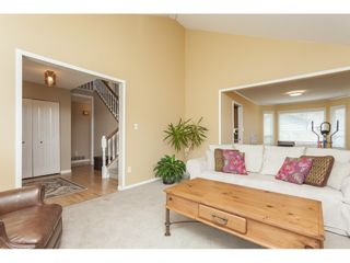Photo 5: 6272 186A Street in Surrey: Cloverdale BC House for sale (Cloverdale)  : MLS®# R2405583
