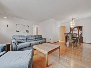 Photo 6: 4224 Vauxhall Crescent NW in Calgary: Varsity Detached for sale : MLS®# A1132269