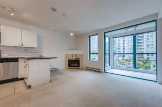 """Photo 9: 910 939 HOMER Street in Vancouver: Yaletown Condo for sale in """"THE PINNACLE"""" (Vancouver West)  : MLS®# R2512936"""