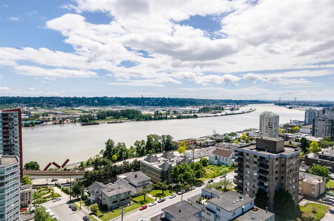 """Main Photo: 1705 188 AGNES Street in New Westminster: Downtown NW Condo for sale in """"THE ELLIOT"""" : MLS®# R2181152"""