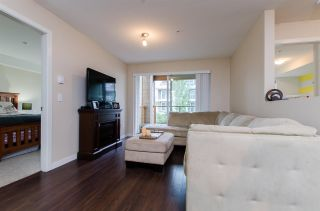 """Photo 8: 209 1969 WESTMINSTER Avenue in Port Coquitlam: Glenwood PQ Condo for sale in """"THE SAPHIRE"""" : MLS®# R2118876"""