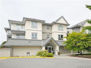 Photo 1: 211 2227 James White Blvd in SIDNEY: Si Sidney North-East Condo for sale (Sidney)  : MLS®# 673564