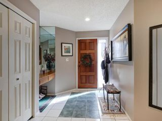 Photo 3: 3 8325 Rowland Road NW in Edmonton: Zone 19 Townhouse for sale : MLS®# E4215084