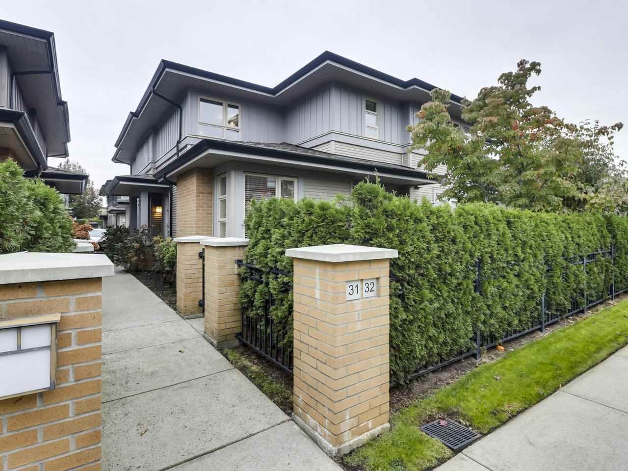 "Main Photo: 32 6300 BIRCH Street in Richmond: McLennan North Townhouse for sale in ""SPRINGBROOK ESTATES"" : MLS®# R2512990"