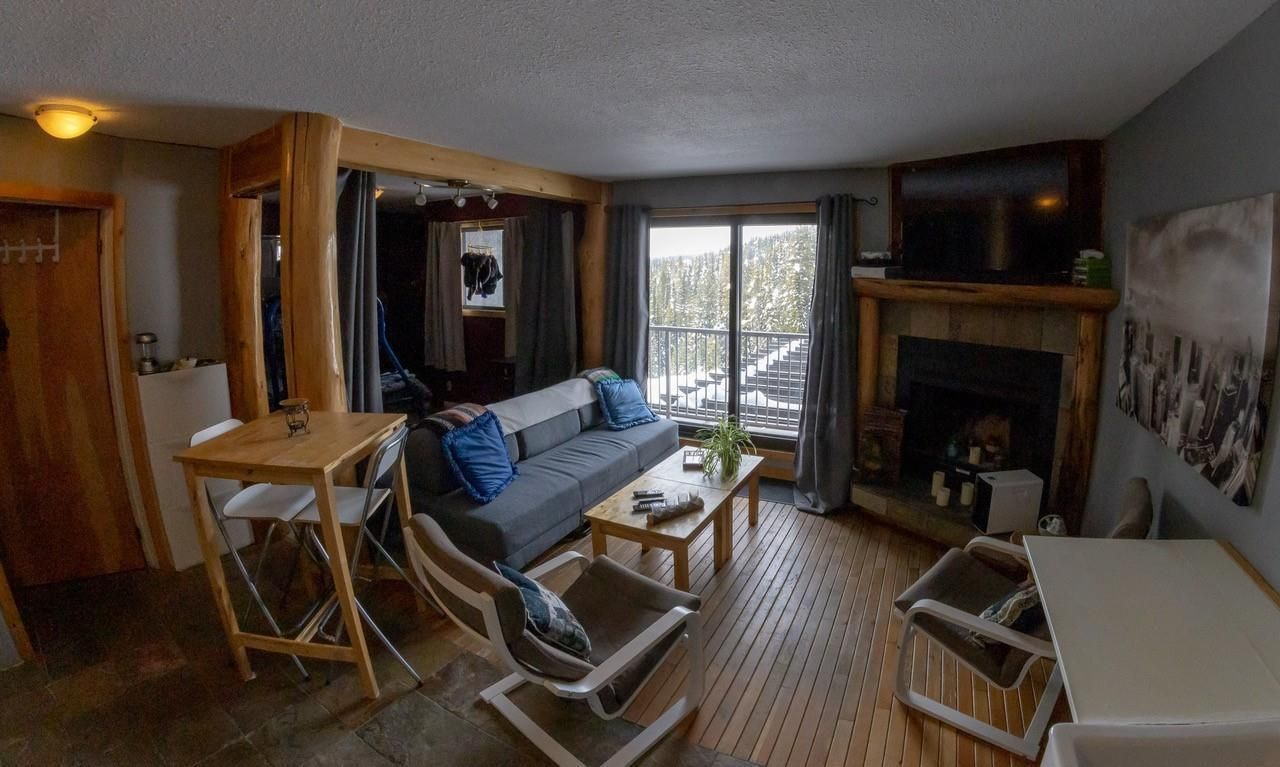 Main Photo: #212 20 Kettle View Road, in Big White: Condo for sale : MLS®# 10229013