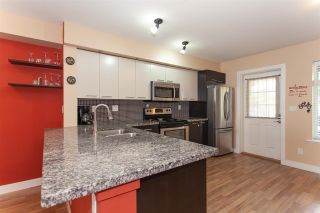 """Photo 5: 52 19448 68 Avenue in Surrey: Clayton Townhouse for sale in """"Nuovo"""" (Cloverdale)  : MLS®# R2274047"""