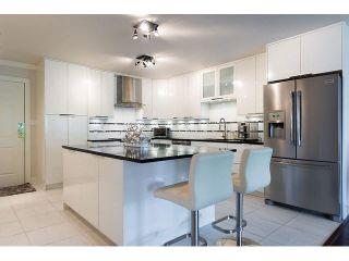 """Photo 2: 509 12101 80TH Avenue in Surrey: Queen Mary Park Surrey Condo for sale in """"SURREY TOWN MANOR"""" : MLS®# F1443181"""