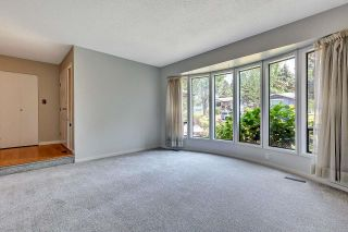 """Photo 5: 6235 171 Street in Surrey: Cloverdale BC House for sale in """"WEST CLOVERDALE"""" (Cloverdale)  : MLS®# R2598284"""